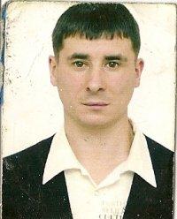 Олег Башкуров