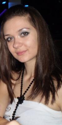 Настя Агаркова