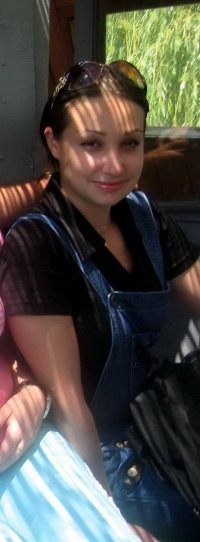 Лена Акберова (дувалина)