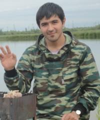 Замир Аюбов