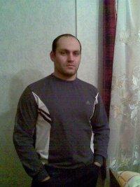 Ислам Ашинов