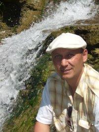Айдар Галиаскаров