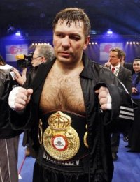 Олег Аниканов
