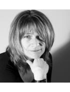 Monika Hirmer