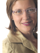 Simone Bull