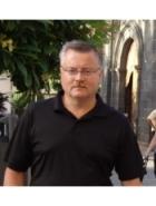 Miguel marce Coma
