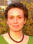 Claudia Golomb